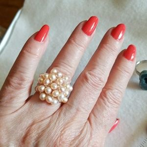 PEARLS Cluster COCKTAIL Ring